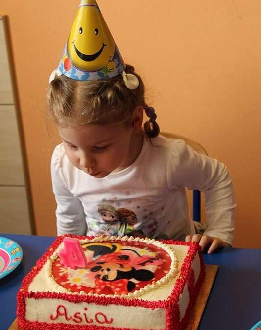 Urodziny Asi